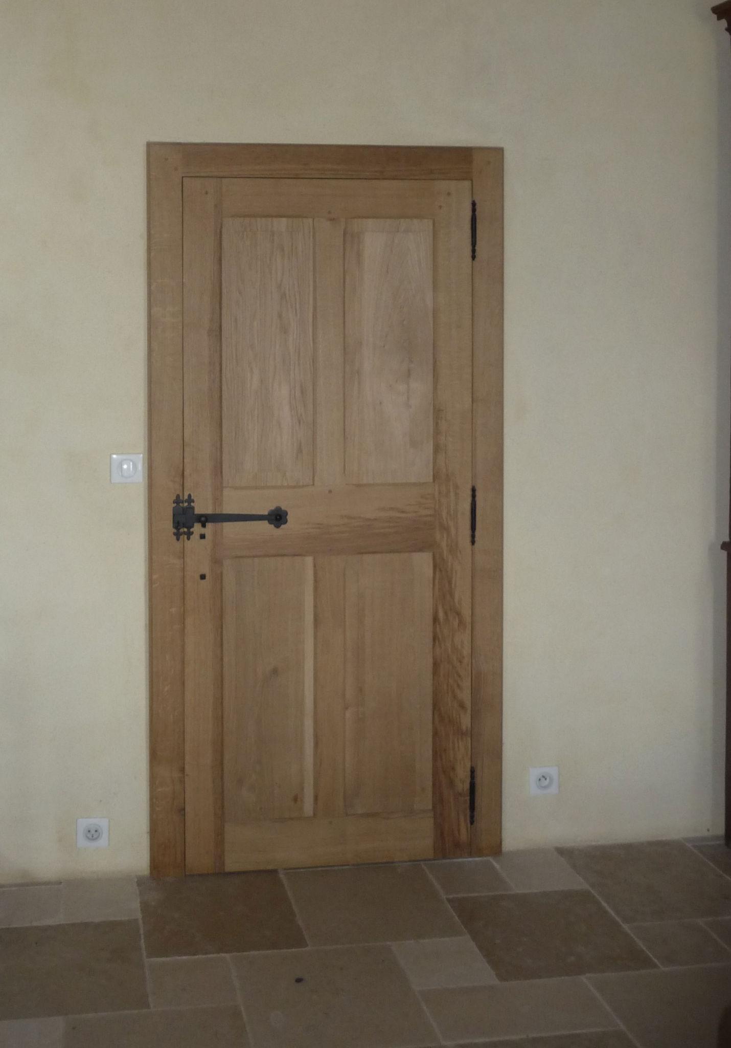 Porte d int rieur menuiserie eb nisterie teddy gandolfi for Menuiserie porte interieur